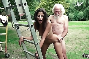 Pop plays a sex recreation nearly youthful bird they have shove around sexy sex