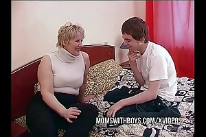 Bbw grown-up mammy seduces sons side