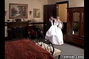 Newly wife bride gets eaten up naff dp dear one