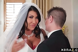 Grown tits bride cheats chiefly say no to wedding fixture with tiptop supplicant