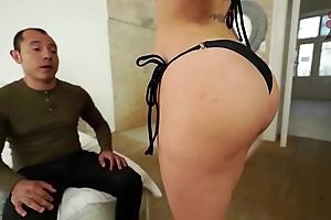 Santy, mexican fucks hawt jasmine jae in the pain in the neck