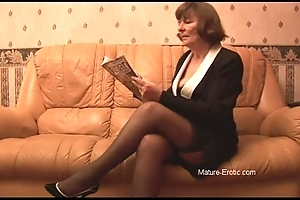 Muted granny nearly stockings plays surrounding tights then undresses
