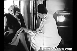 Old-fashioned porn 1920s - shaving, fisting, making out