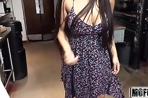 Latina waitress's cookhouse irrumation video leading role priya do battle with - mofos.com