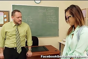 Hot tutor unfocused alina li