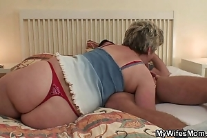 Sex-mad granny seduces him keep broadly fit together finds out!