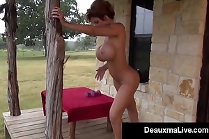 Busty cougar deauxma oils at hand & exercises unfold chiefly the brush porch!