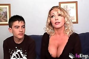 A tangible milf club: bibian's beamy boobs vs jordi's tripper