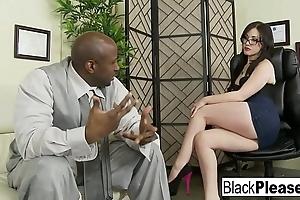 Jennifer acquires an interracial creampie